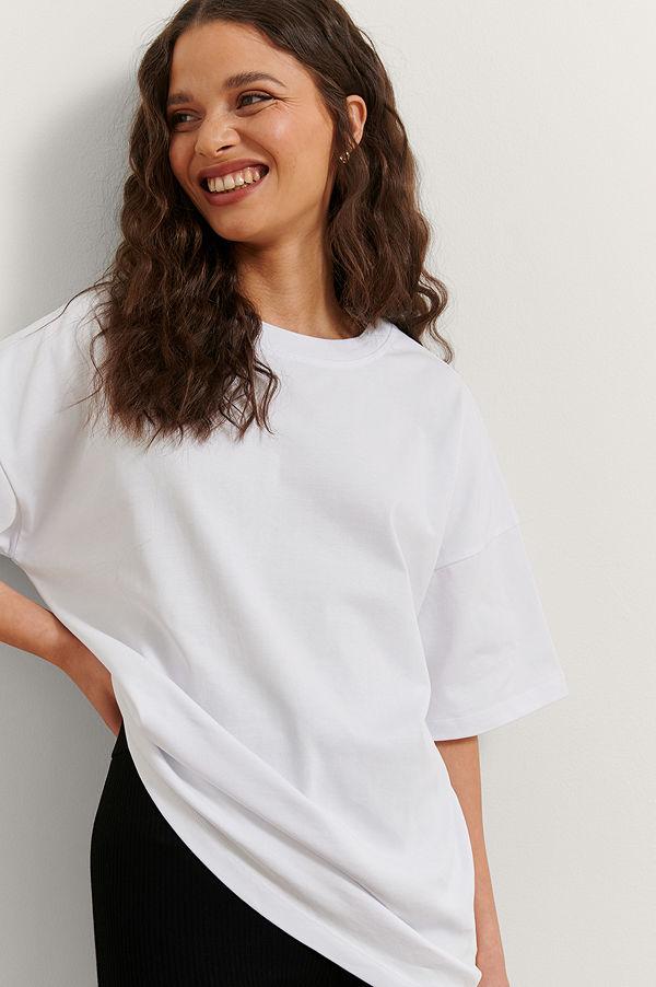 Rianne Meijer x NA-KD Ekologisk Basic T-shirt vit