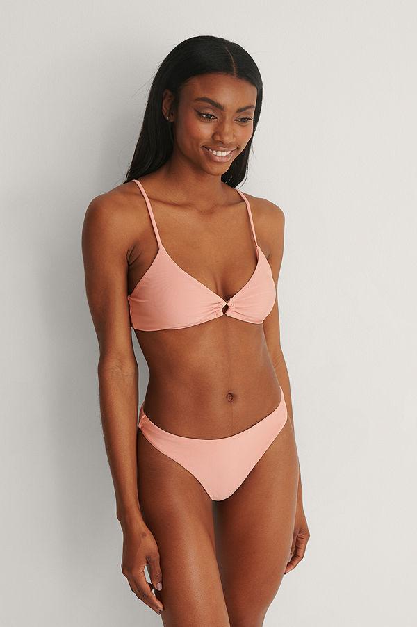 Marije Zuurveld x NA-KD Recycled Bikinitrosa rosa