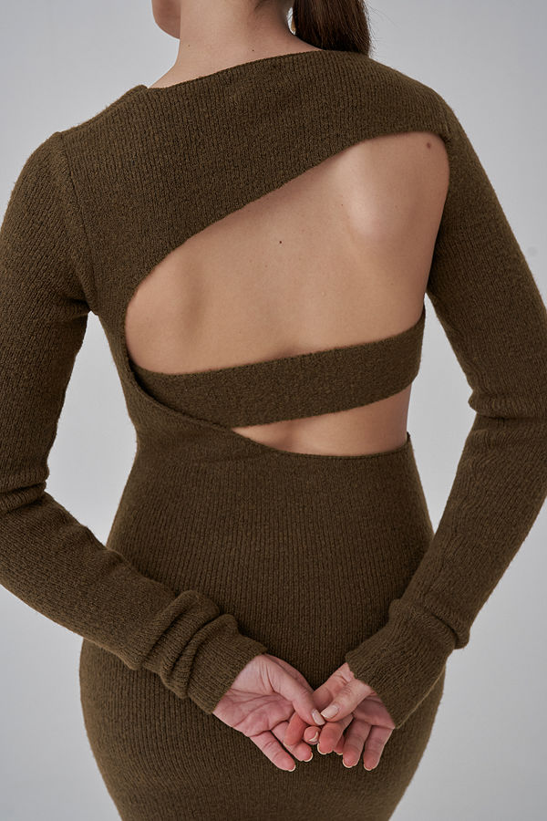 Josefine HJ x NA-KD Cut Out Stickad Miniklänning brun