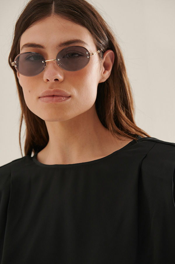 NA-KD Accessories Ovala Solglasögon grå