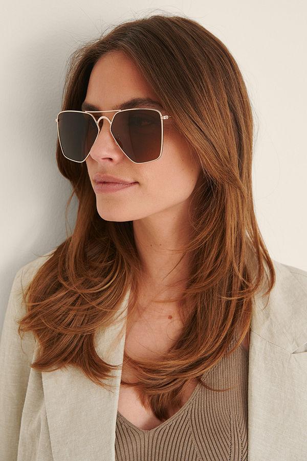 NA-KD Accessories Solglasögon Med Stor Metallkant guld