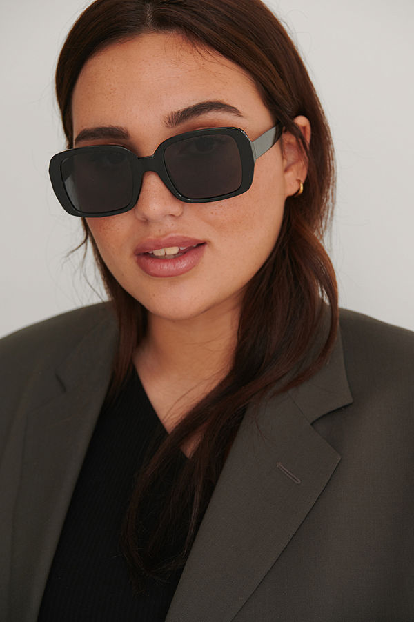 NA-KD Accessories Rundade Solglasögon svart
