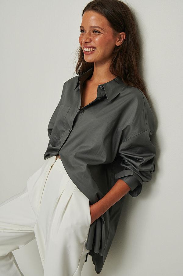 NA-KD Trend Recycled oversize skjorta med ficka grå