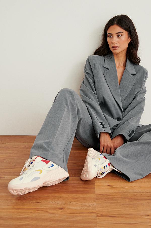 NA-KD Shoes Träningsskor med detaljer i färg offvit