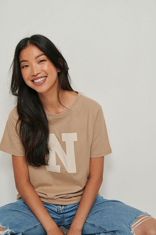 NA-KD Tryckt t-shirt beige