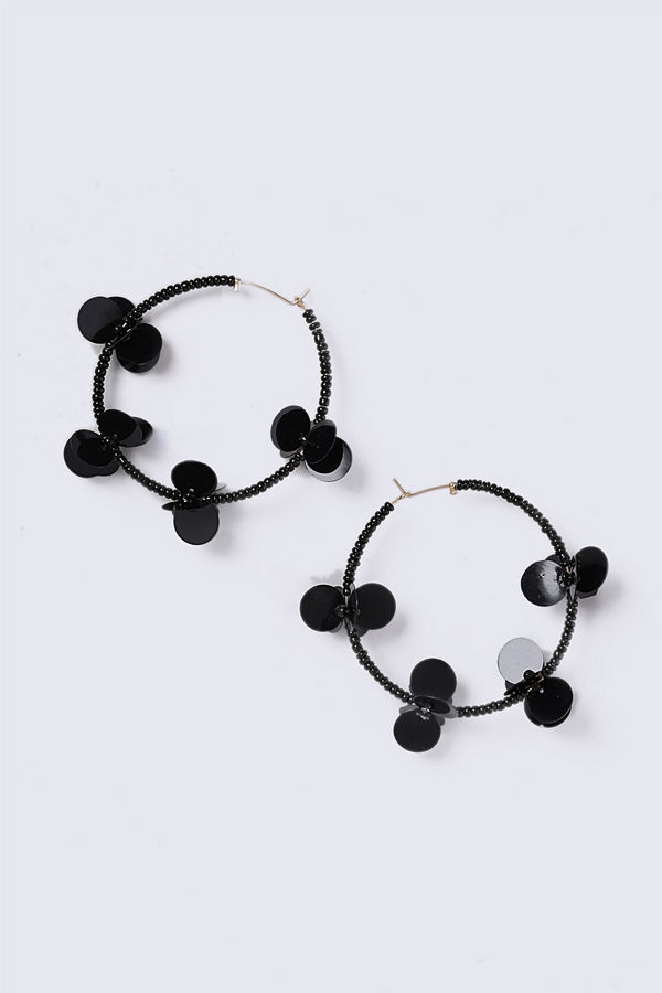Gina Tricot örhängen Black Flower Sequin Hoop Earrings
