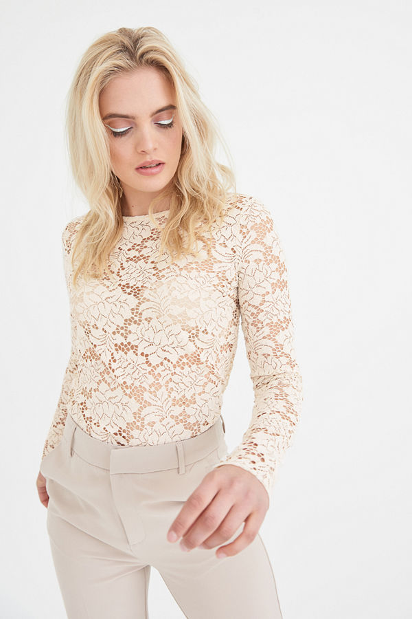 Gina Tricot Amber lace top