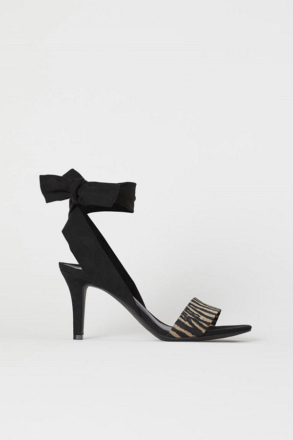 H&M Sandaletter med knytband svart