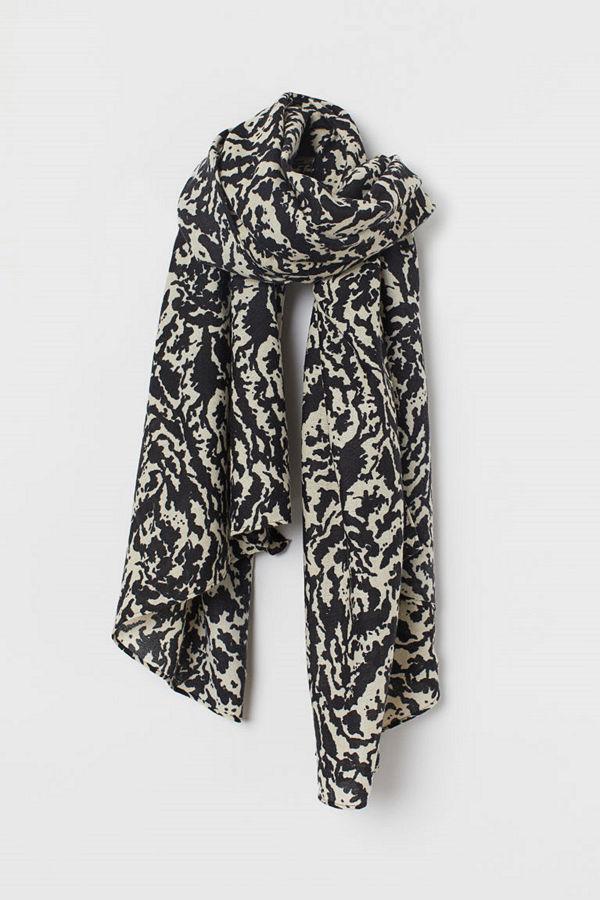 H&M Mönstrad scarf beige