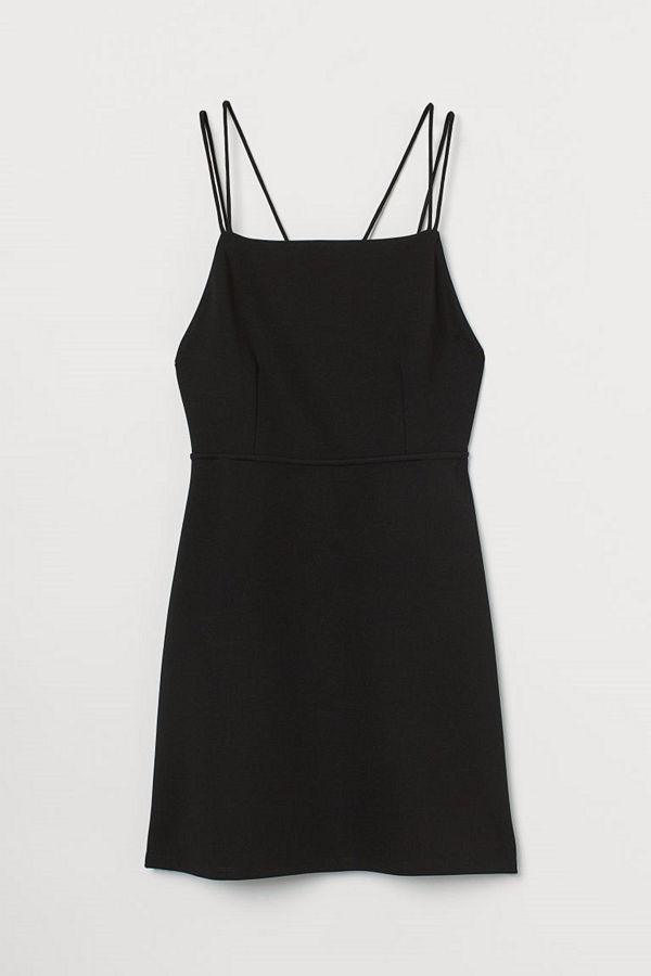 H&M Figurnära klänning svart