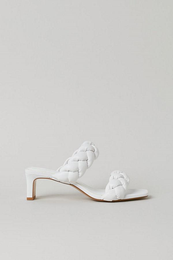 H&M Flätade sandaletter vit