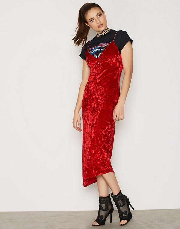 NLY Trend Lady In Red Dress