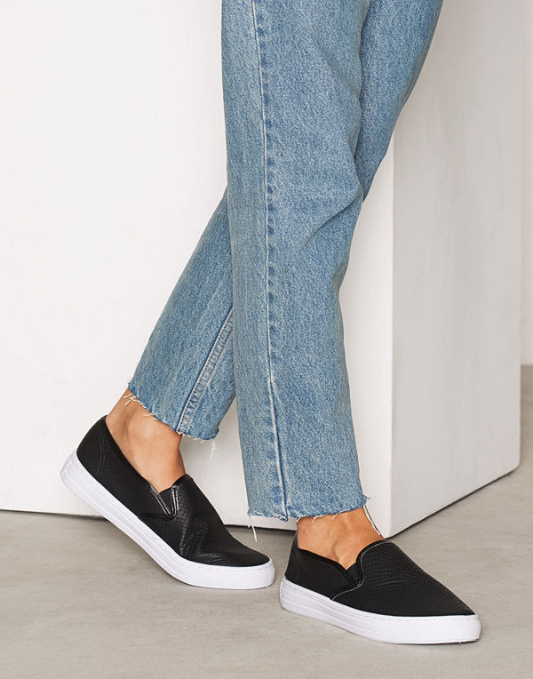 NLY Shoes Slip In Sneaker