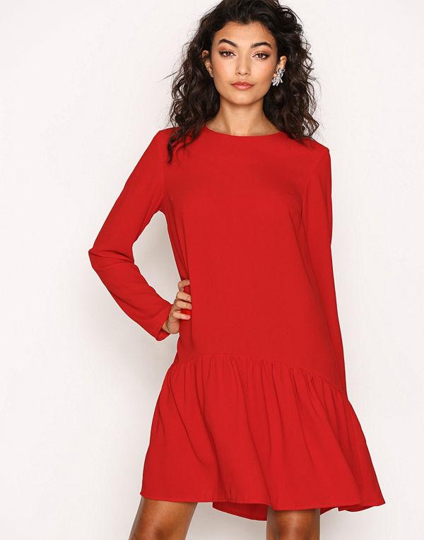 NLY Trend I Can Jive Dress Röd