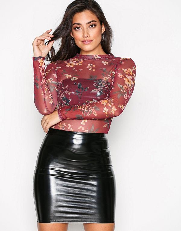 NLY One Patent Short Skirt Svart