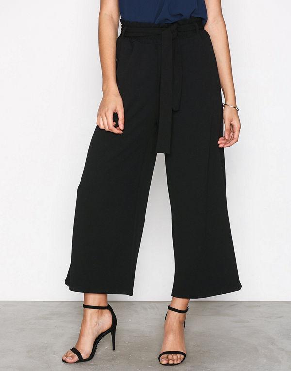 Sisters Point svarta byxor Noto Pants Black