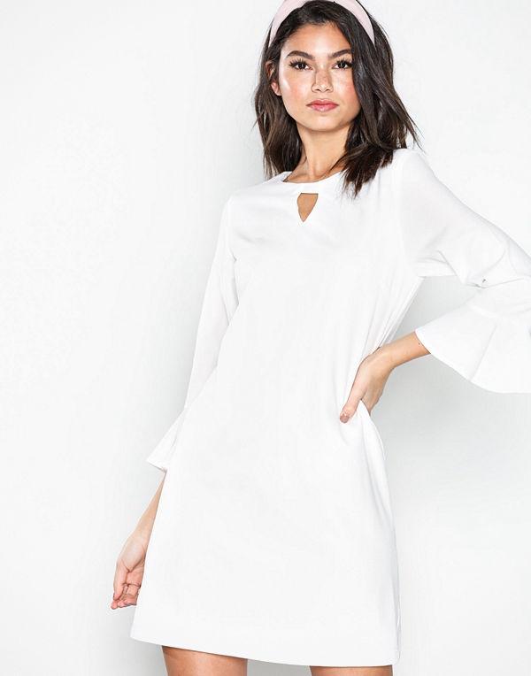 Sisters Point Nekko Dress White