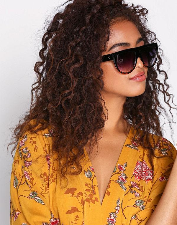 NLY Accessories Provoke Sunglasses