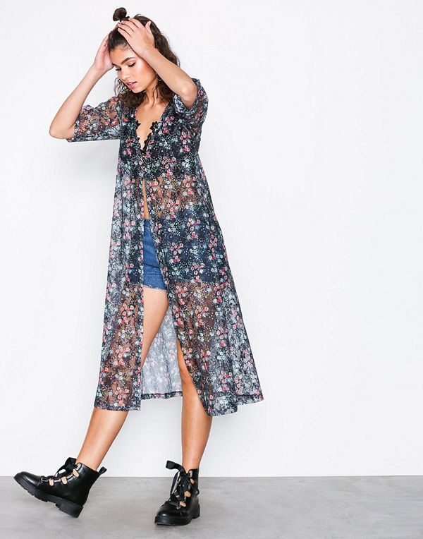 NLY Trend Printed Lace Dress Mönstrad