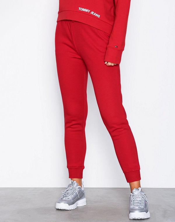 Tommy Jeans röda byxor Tommy Jeans Classics - Byxor online ... aa33d8901476c