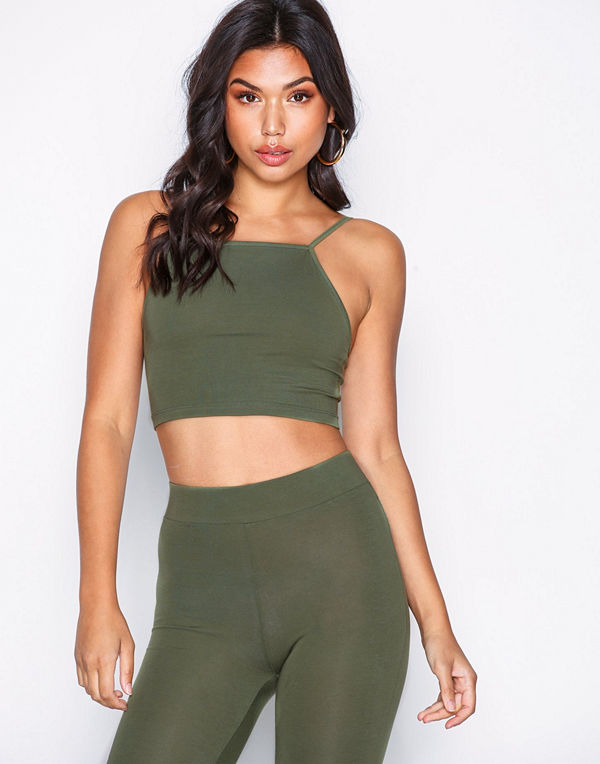 9cac1652c52 NLY Trend Tight Sporty Set Grön - Jumpsuits   playsuits online ...
