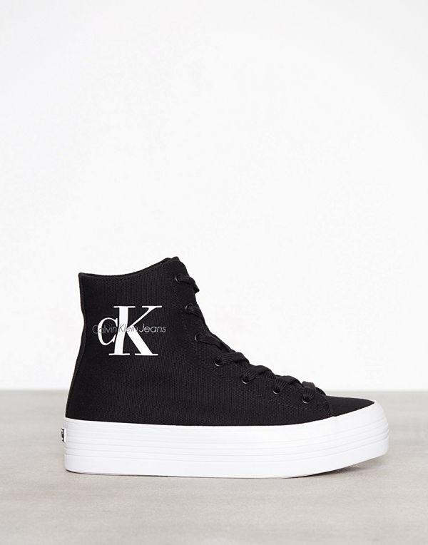 508d992a33f Mode för kvinnor Skor Sneakers & streetskor. Calvin Klein Jeans Zabrina  Canvas Svart