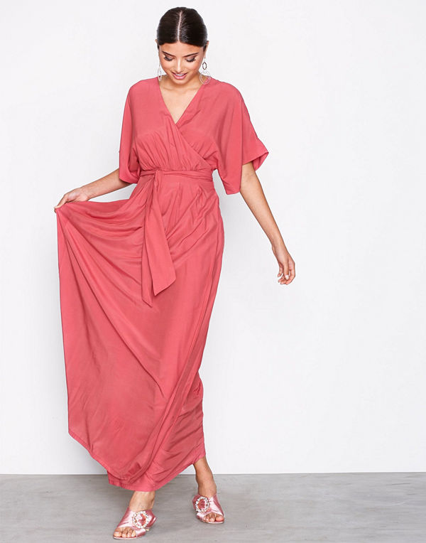b5f9e1b6 Dry Lake Florence dress - Festklänningar online - Modegallerian