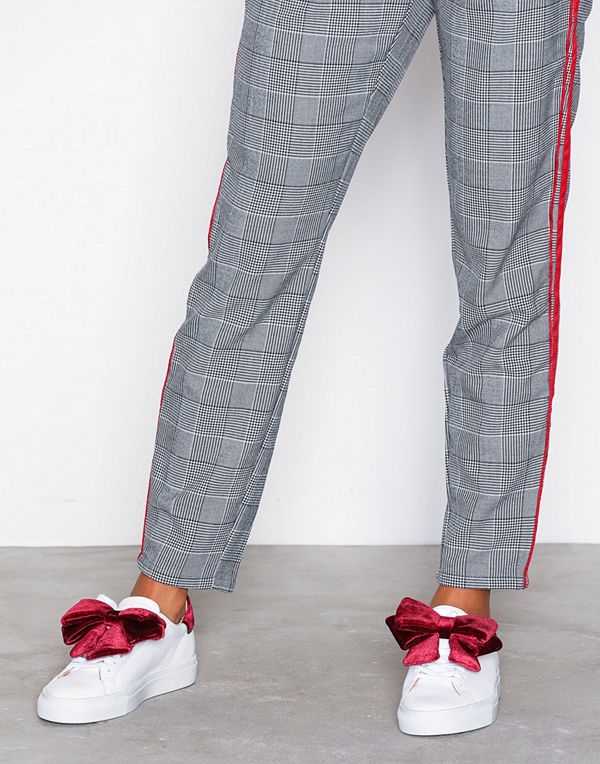 D.A.T.E. Sneakers Newman Bow Velvet