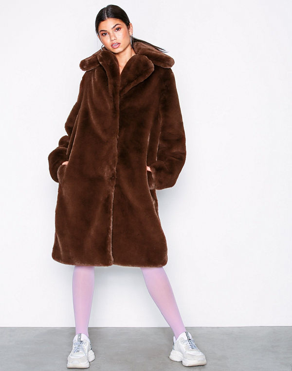 NLY Trend Luxury Fur Coat Brun