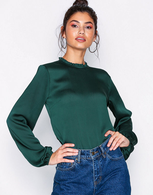NLY Trend Balloon Sleeve Blouse
