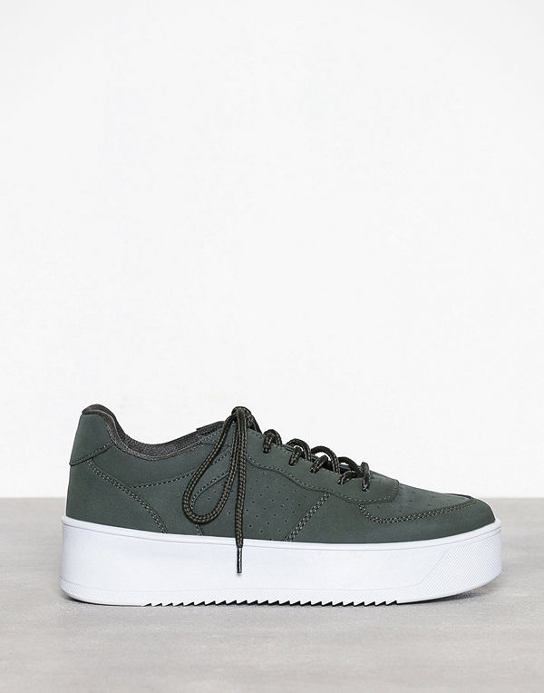 NLY Shoes Flirty Platform Sneaker Khaki
