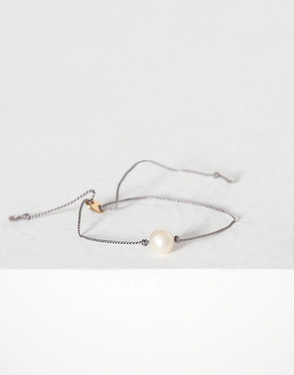 MINT By TIMI armband Pearl silk bracelet, gold Grå