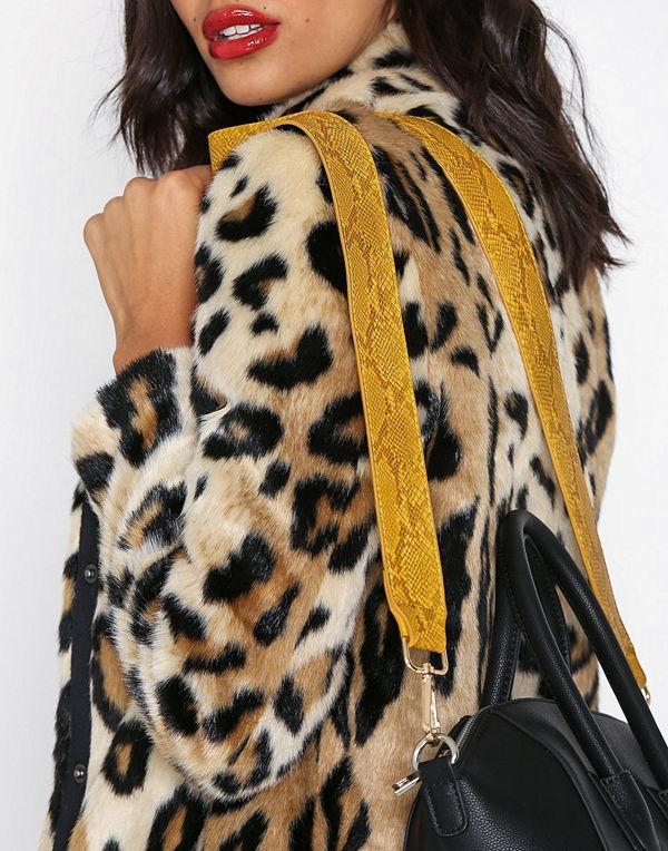 NLY Accessories svart axelväska Snake Bag Strap