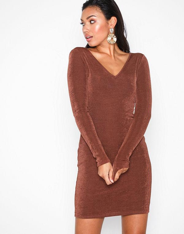 NLY Trend Flirty Glam Dress