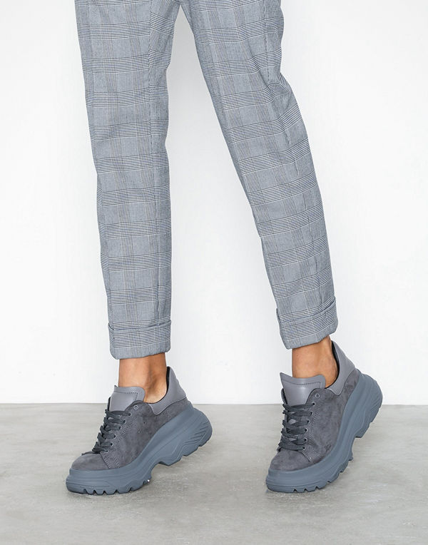 Missguided Double Sole Lace Up Trainer Charc