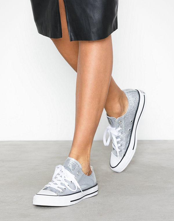 cd26a8eff6f Mode för kvinnor Skor Sneakers & streetskor. Converse All Star Canvas Ox  Silver