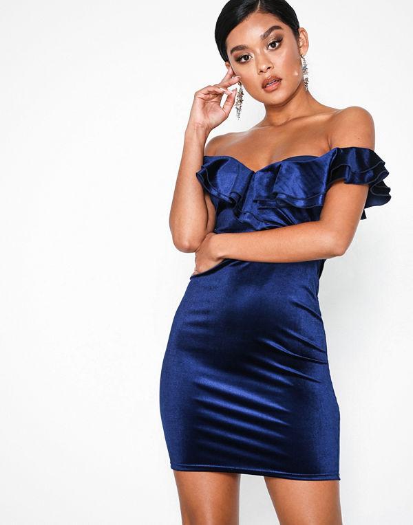 NLY One Frill Neck Velvet Dress