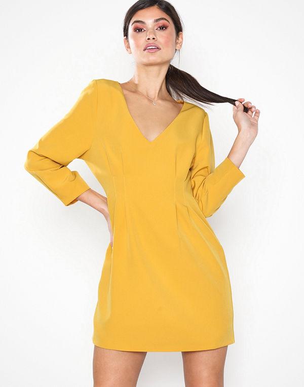 NLY Eve Pintuck Waist Dress