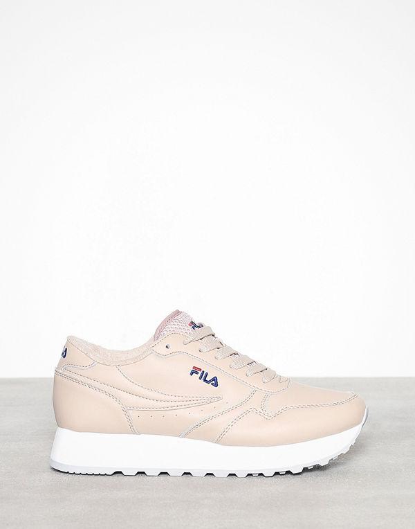 98c17f0cce9 Fila Orbit Zeppa L - Sneakers & streetskor online - Modegallerian