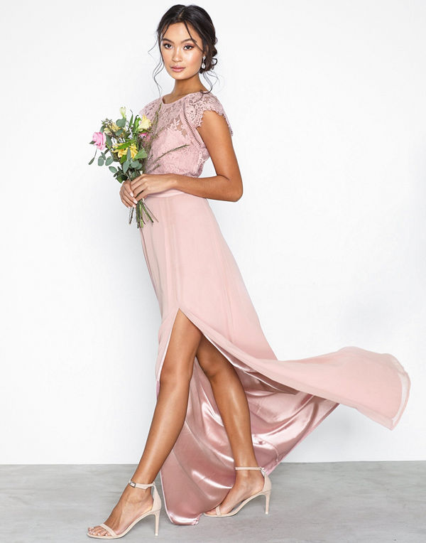 NLY Eve Cap Sleeve Flowy Gown