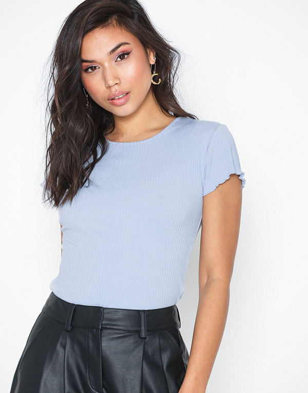 NLY Trend Love Top