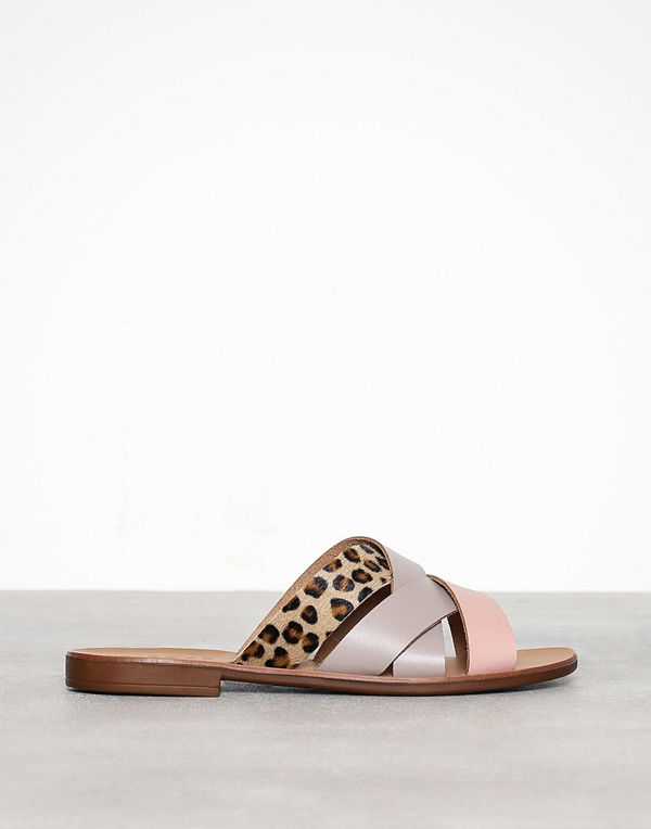 Pieces Pscari Leather Sandal