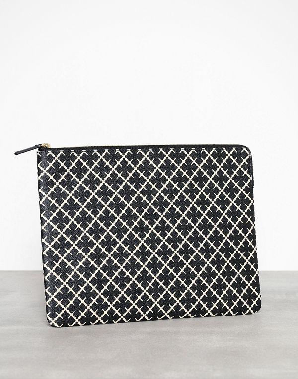 By Malene Birger svart mönstrad datorväska Ivy Laptop/PUR7001S91