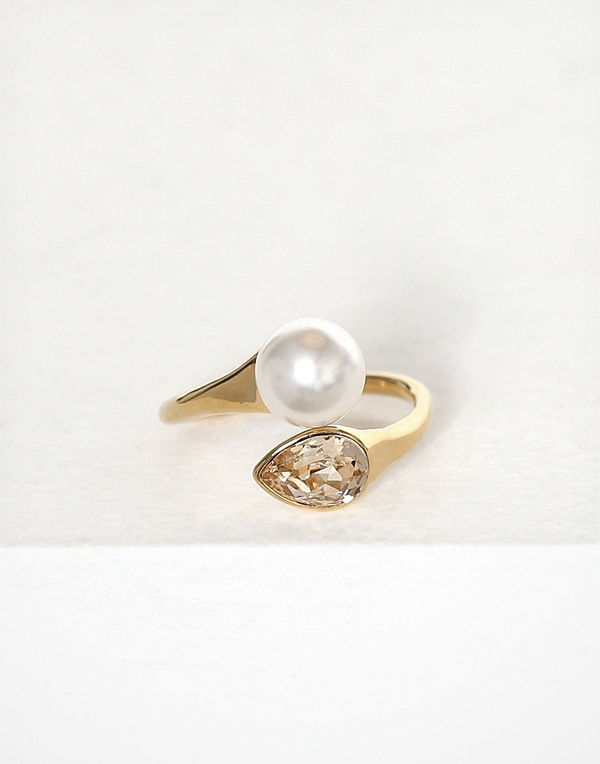 Lily and Rose Ella Ring
