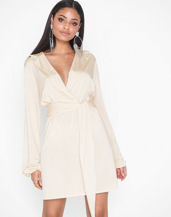 NLY One Relaxed Blazer Dress