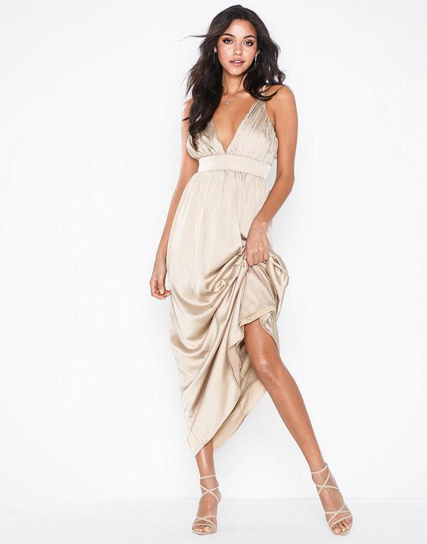 Sisters Point Maja Long Slip Dress