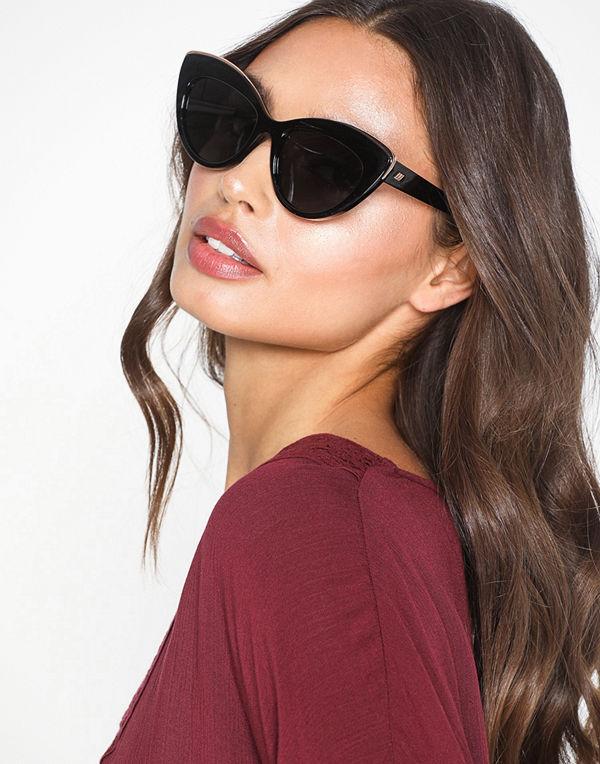 Le Specs Beautiful Stranger