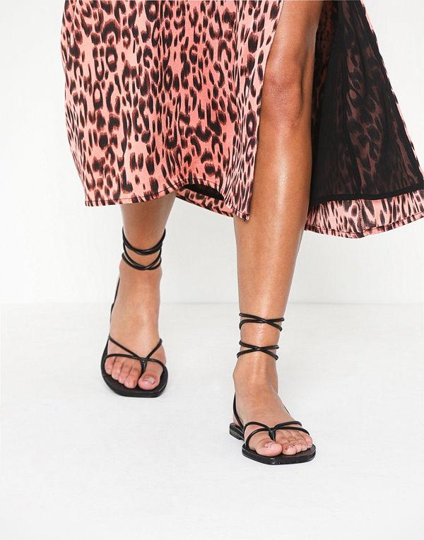 Topshop FOREST Black Wrap Sandals