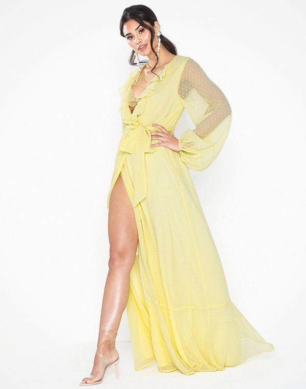 NLY Eve Volume Sleeve Gown