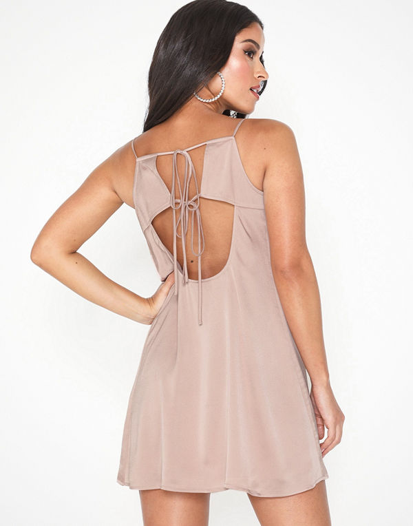NLY Trend Strappy Back Dress
